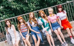 Song Review: Laboum – Shooting Love