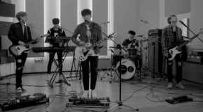 Song Review: DAY6 – Dance Dance