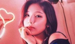 Song Review: Sohee –Spotlight
