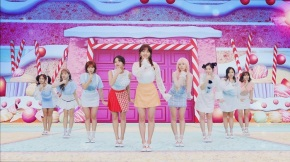 Song Review: Twice – Candy Pop