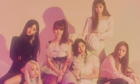 Song Review: Everglow – Bon Bon Chocolat
