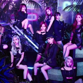 Song Review: Twice – Breakthrough