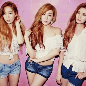 Random Shuffle Review: Girls' Generation-TTS – Holler