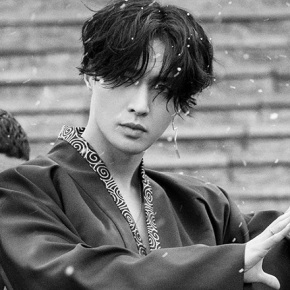 Song Review: Lay (EXO) – Lit