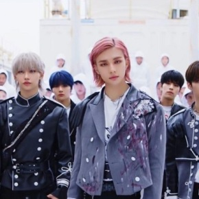 Song Review: Stray Kids – BackDoor