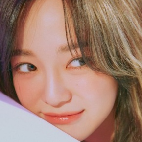 Song Review: Kim Sejeong – Warning (ft. lIlBOI)